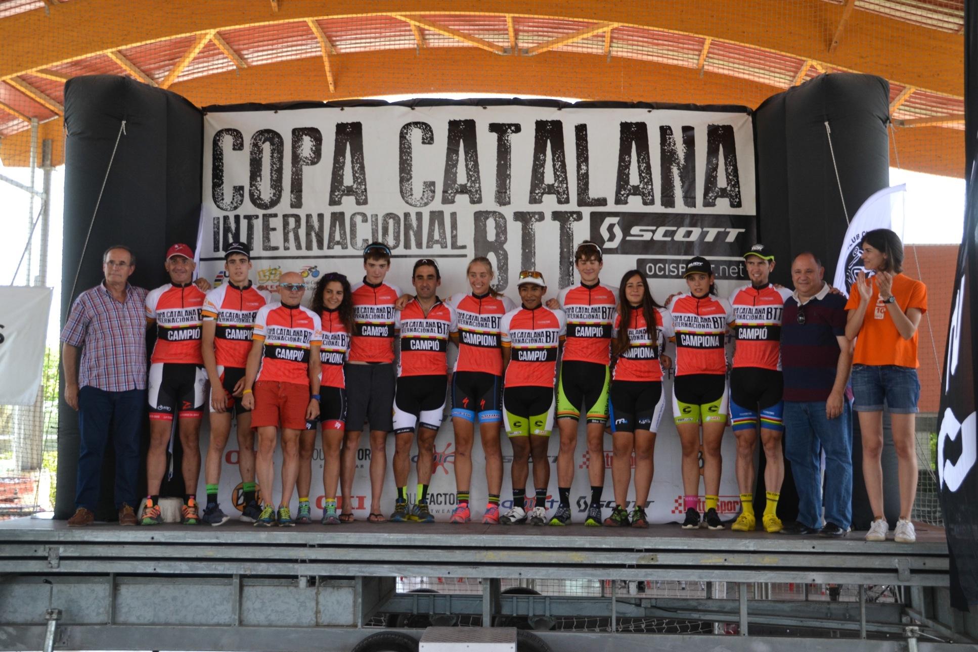 Ever Alejandro Gómez y Sonja Kallio campeones de la Copa Catalana Internacional de BTT 2015 en Corró d'Amunt
