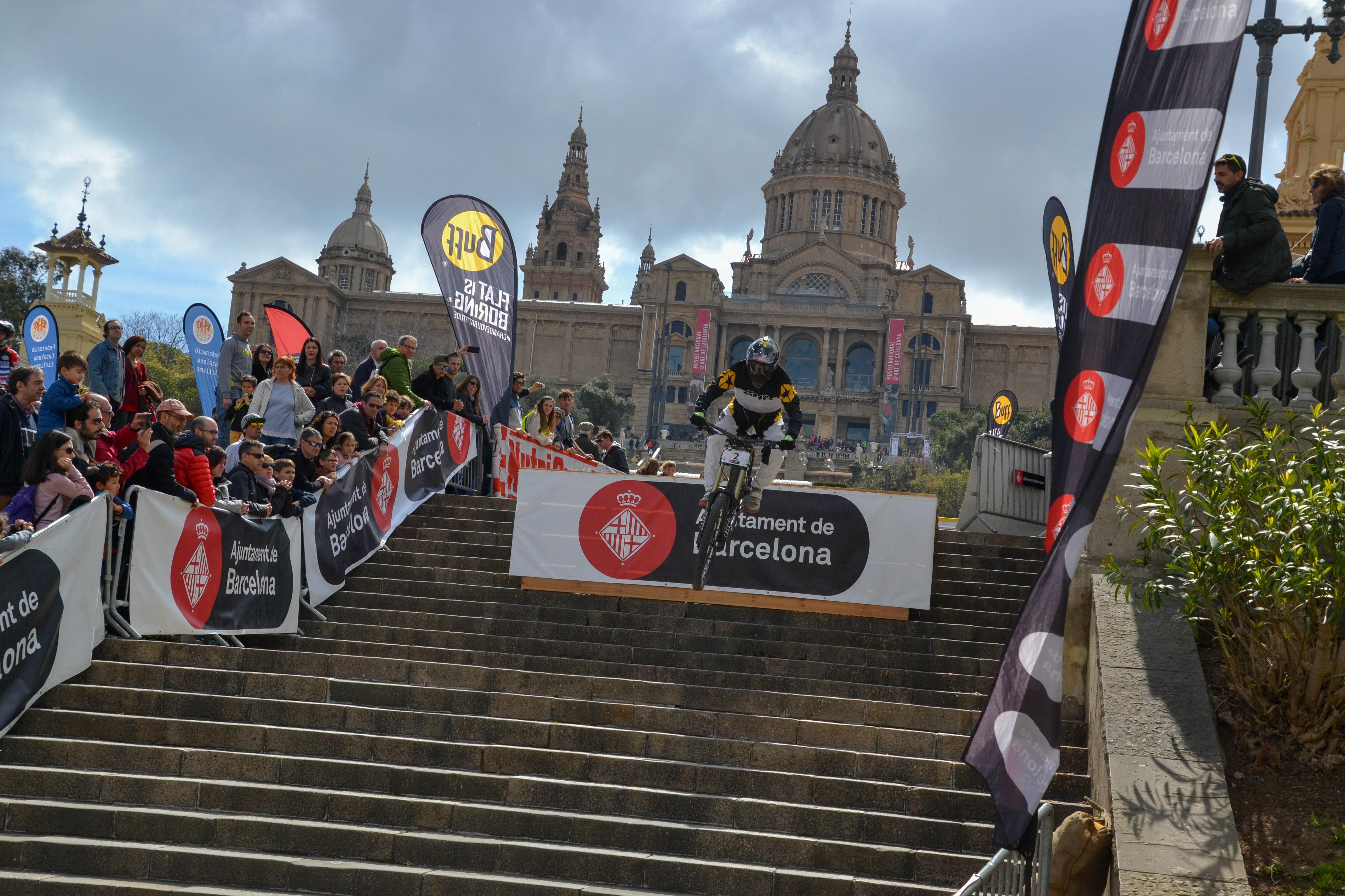 Pasqual Canals repeteix victòria al BUFF® Down Urban Barcelona