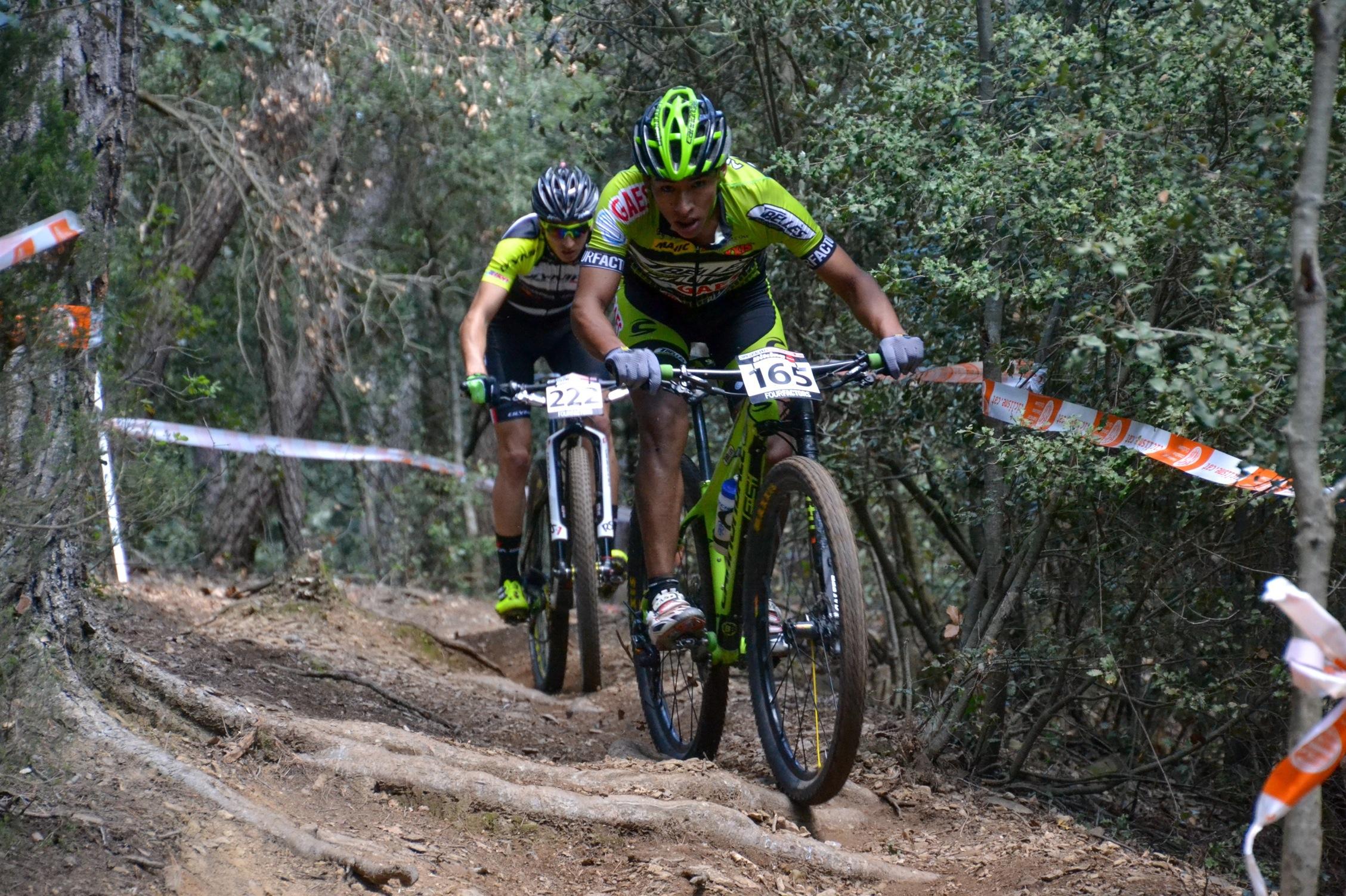Francesc Guerra y Sandra Santanyes se imponen en la Copa Catalana Internacional Biking Point de Corr� d�Amunt