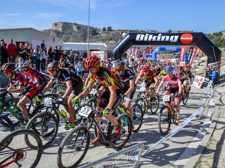 Más de 300 ciclistas han participado en el Gran Premi Ciutat de Igualada Biking Point