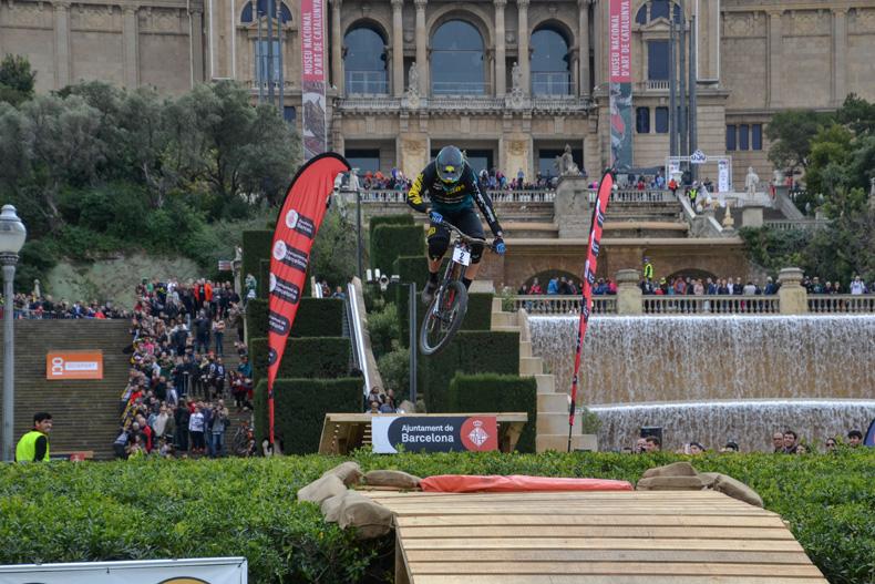 Pasqual Canals s'imposa per tercera vegada consecutiva al Buff Down Urban Barcelona
