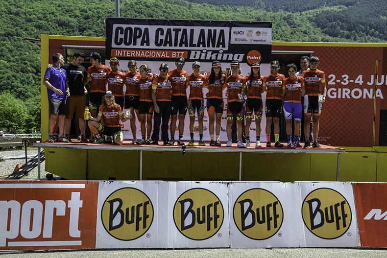 Francesc Guerra y Magda Duran campeones de la Copa Catalana Internacional BTT Biking Point 2017 en la Vall de Boí