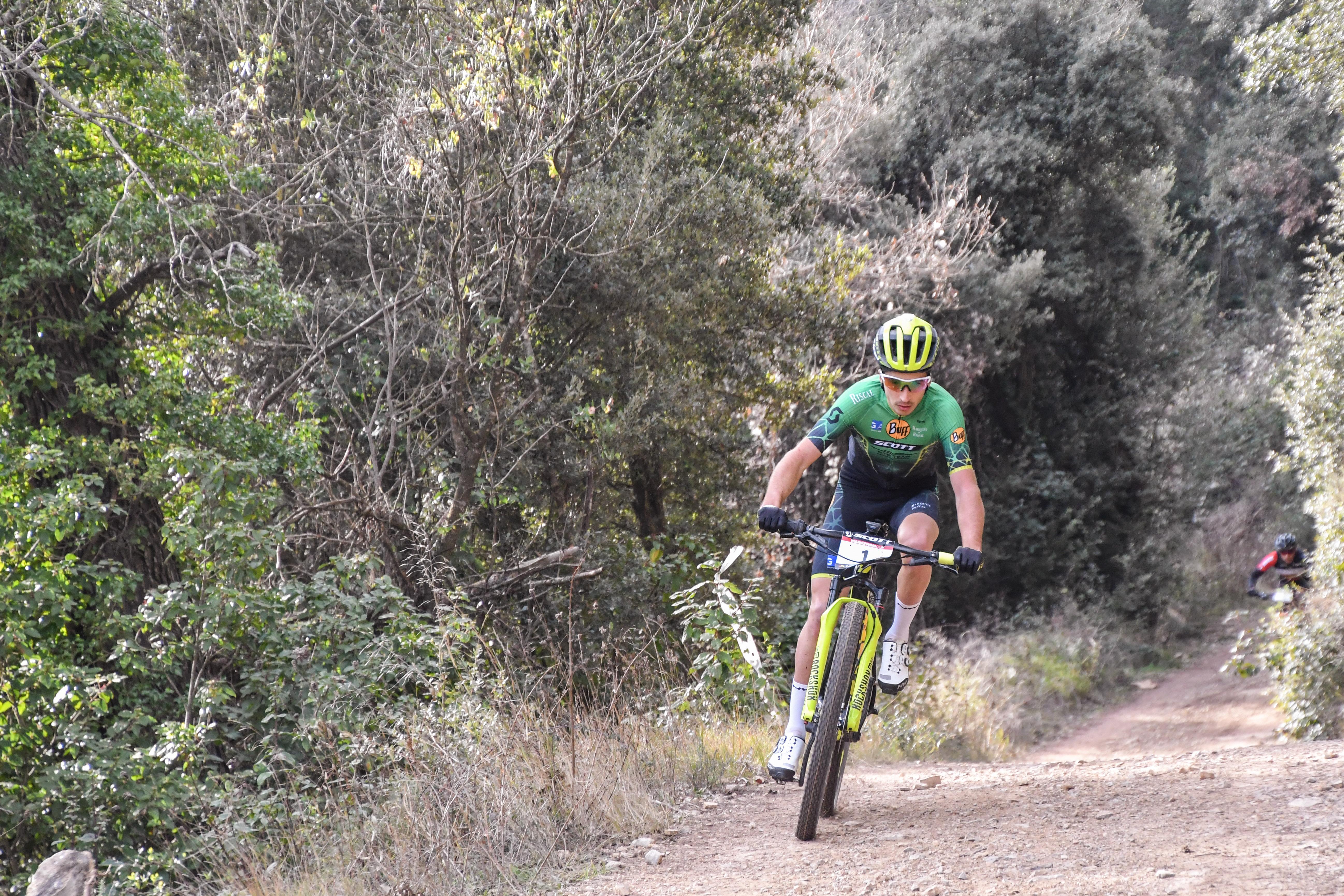 Francesc Guerra impone su ley en la Scott Marathon Cup de Mediona