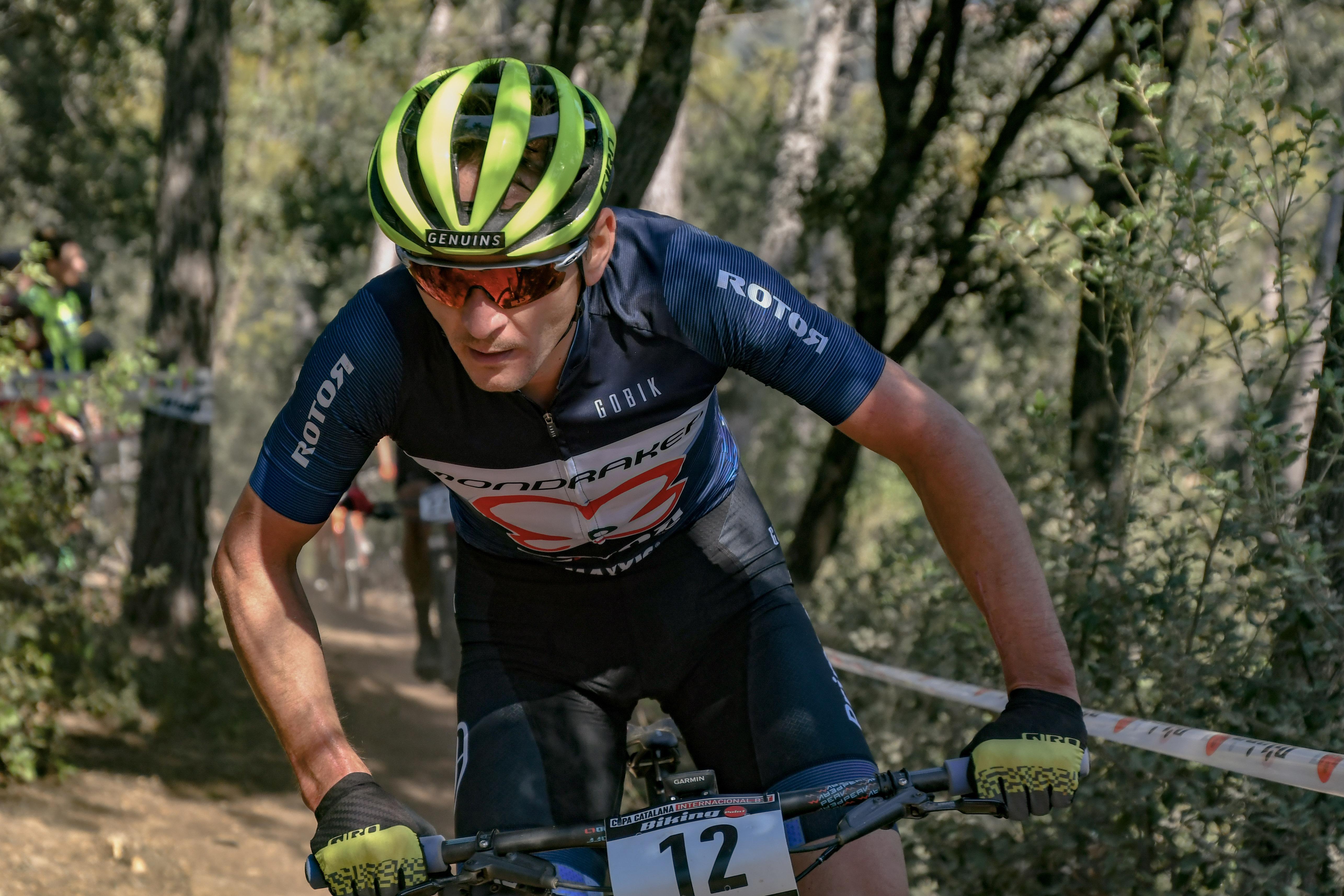 Un estratega Sintsov s'emporta el liderat a la Copa Catalana Internacional Biking Point de Corró d'Amunt