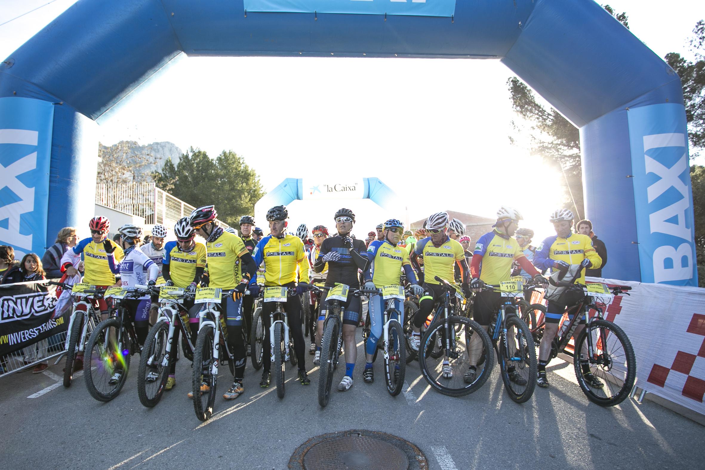 La Portals reúne a 1500 ciclistas en el macizo de Montserrat