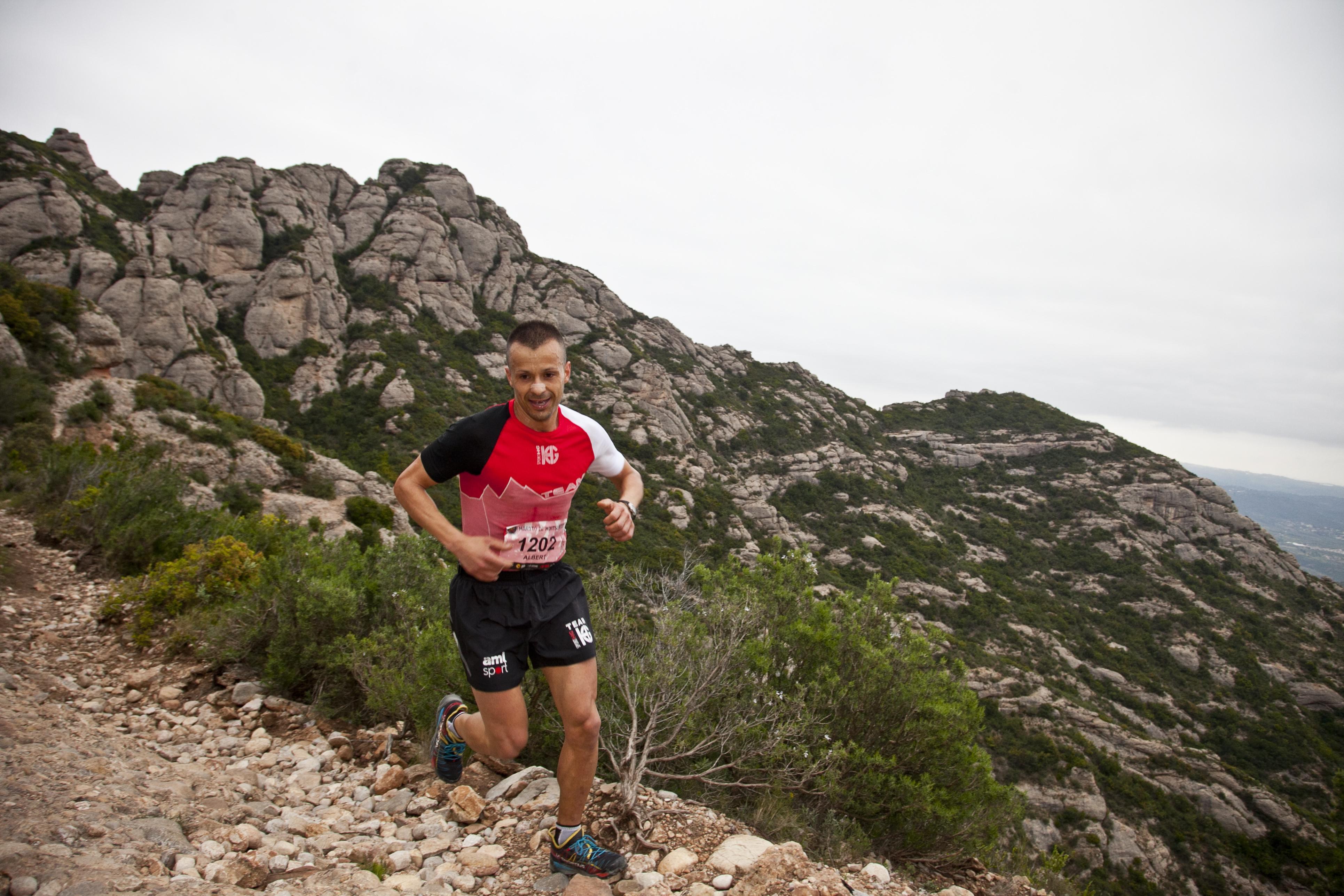 Albert Pujol i Zuriñe Frutos guanyen la Marató de Montserrat i Andreu Simon i Erica Gumbau s'imposen a la Cursa de l'Alba