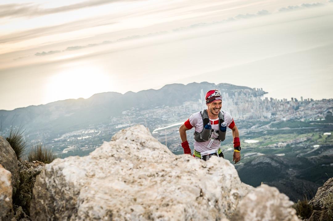 Jos� Esteban Mart�nez y Encarna Cardona se proclaman campeones del Skyrunner National Championship Ultra en el Desaf�o Lurbel Aitana