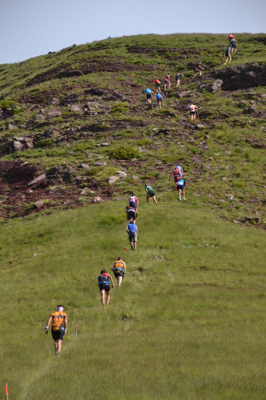 Reglamento de competiciones de Carreras por Montaña 2016