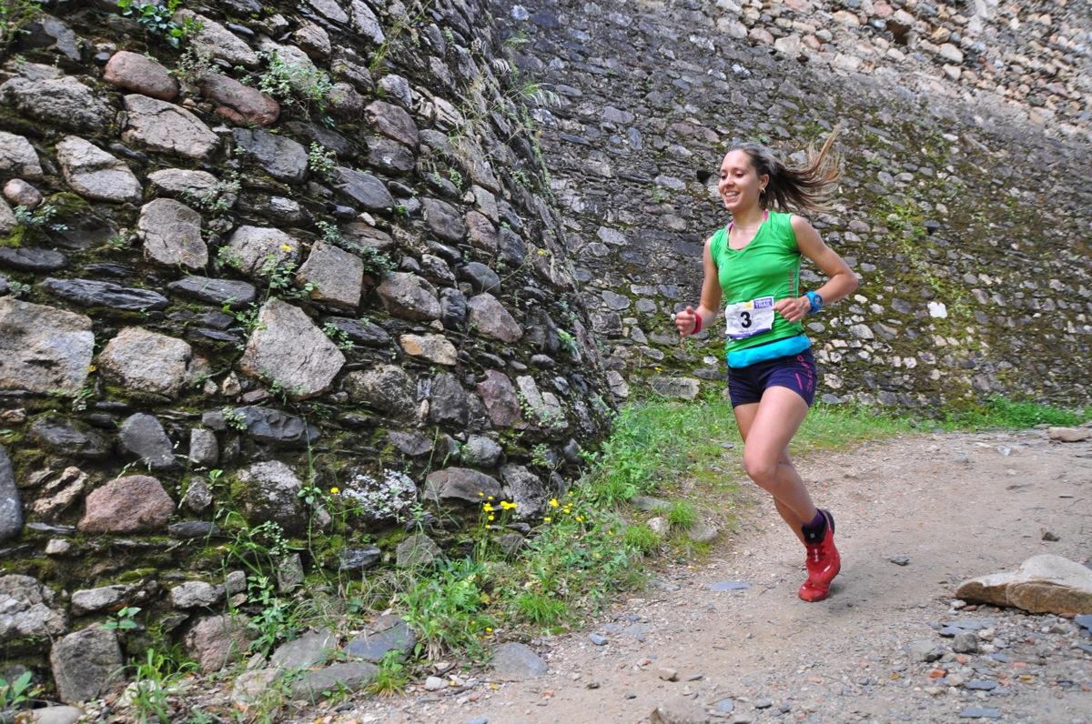Carlos Cera i Sheila Avilés s'imposen al Trail Sant Esteve