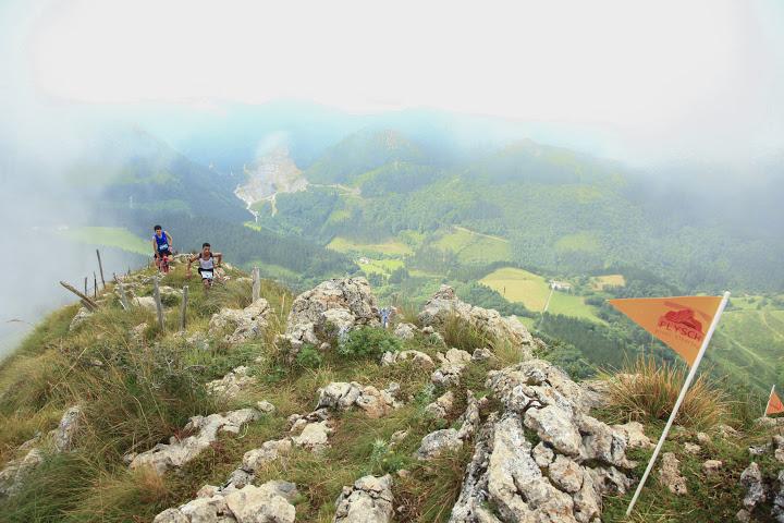 El Campeonato de España de carreras por Montaña en línea de Clubes FEDME - Gran Premio BUFF®-Salomon se disputa en la Zumaia Flysch Trail