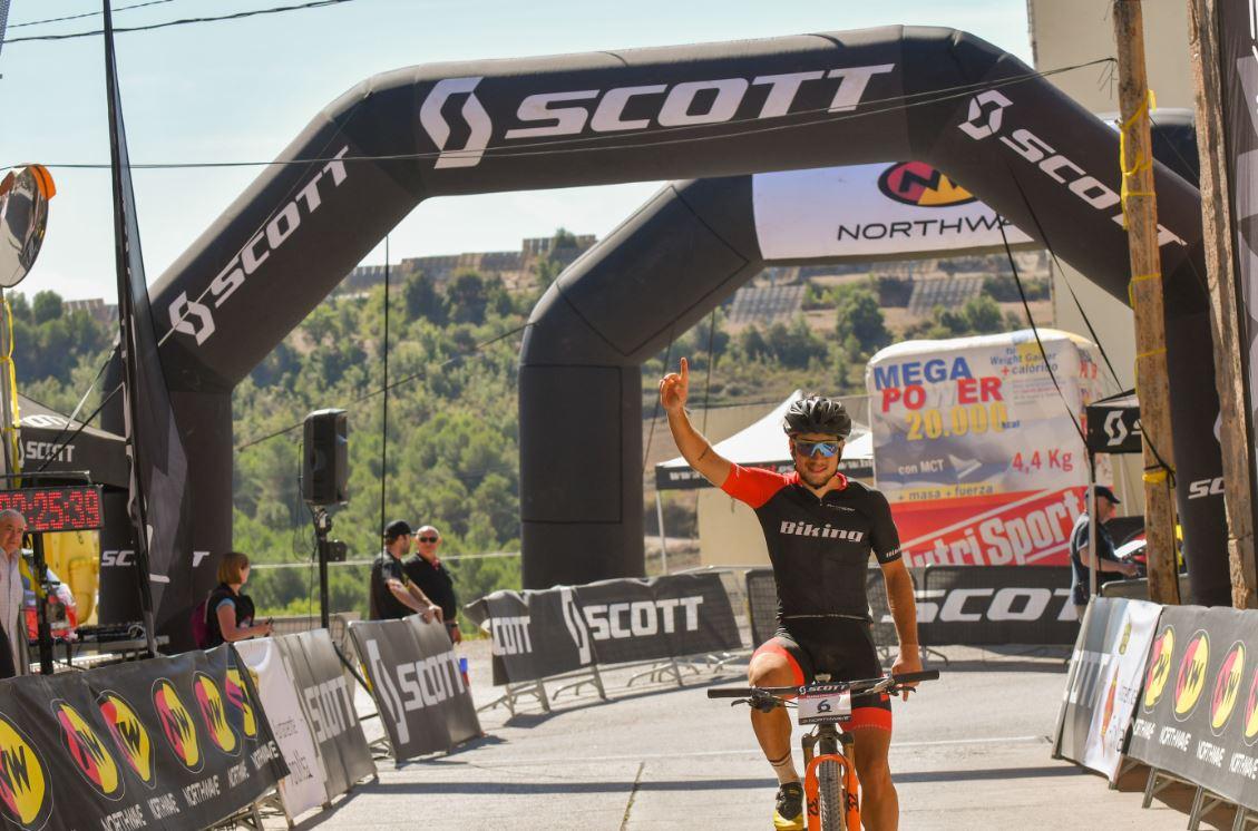 Christofer Bosque domina los senderos de Fonollosa y Alejandro G�mez se lleva la general de la Scott Marathon Cup 2019