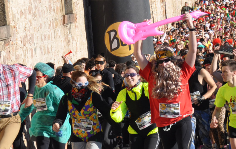 Gran festa de la Buff® Epic Run 2013 a Barcelona