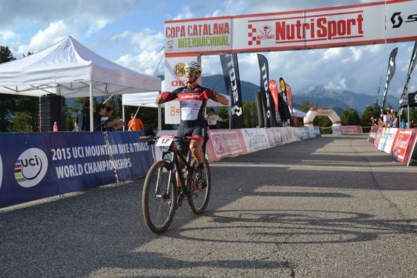 Carlos Coloma y Anna Szafraniec se adjudican la prueba de la Copa Catalana BTT Internacional de Cross Country en Vallnord Bike Park - La Massana
