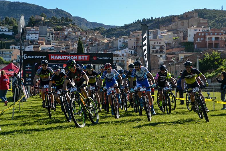 Los l�deres de las�Scott Marathon by Taymory�Francesc Guerra y�Veerle Cleiren repiten victoria en�la Noguera Bike Race�