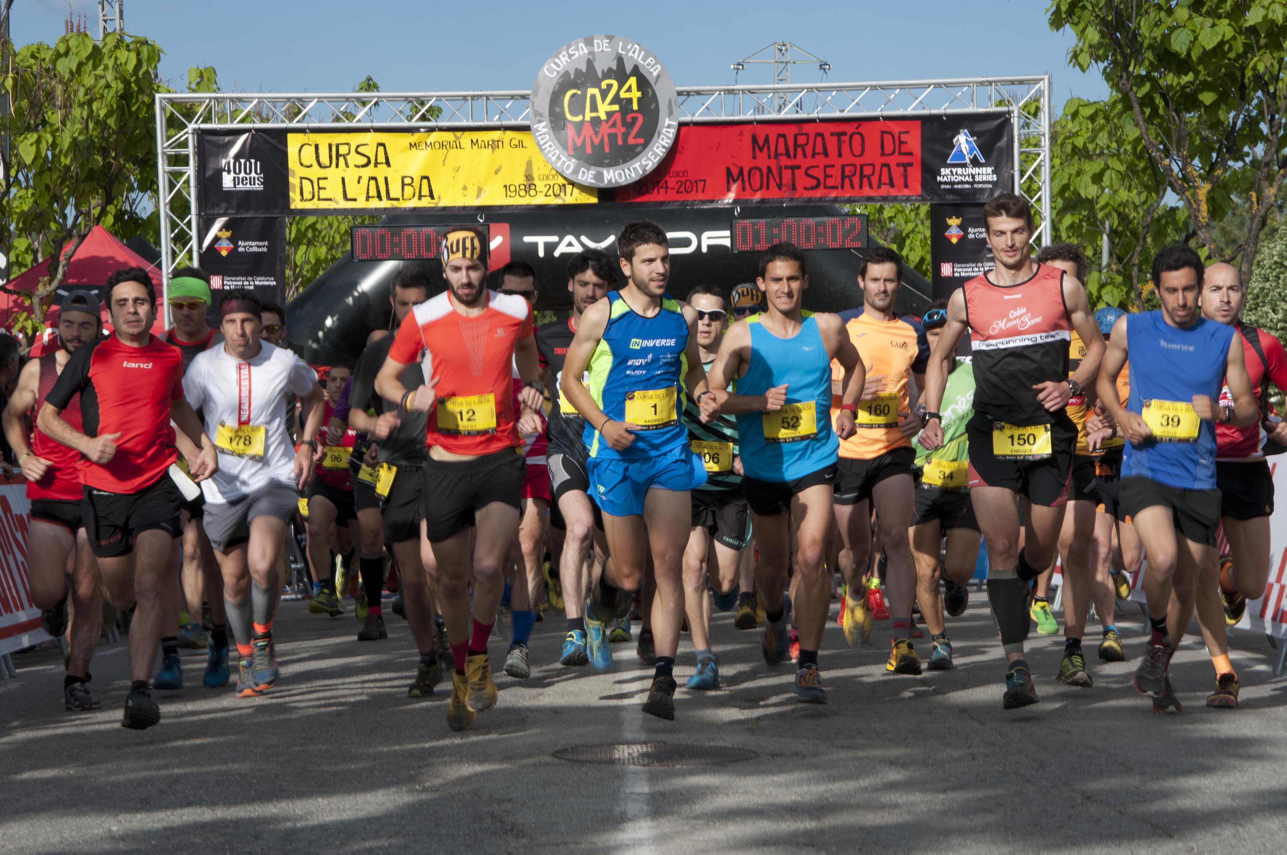 Andreu Simon y Núria Domínguez se imponen en la Cursa de l'Alba y Josep Cuadrat y Montse Martínez ganan la Marató de Montserrat