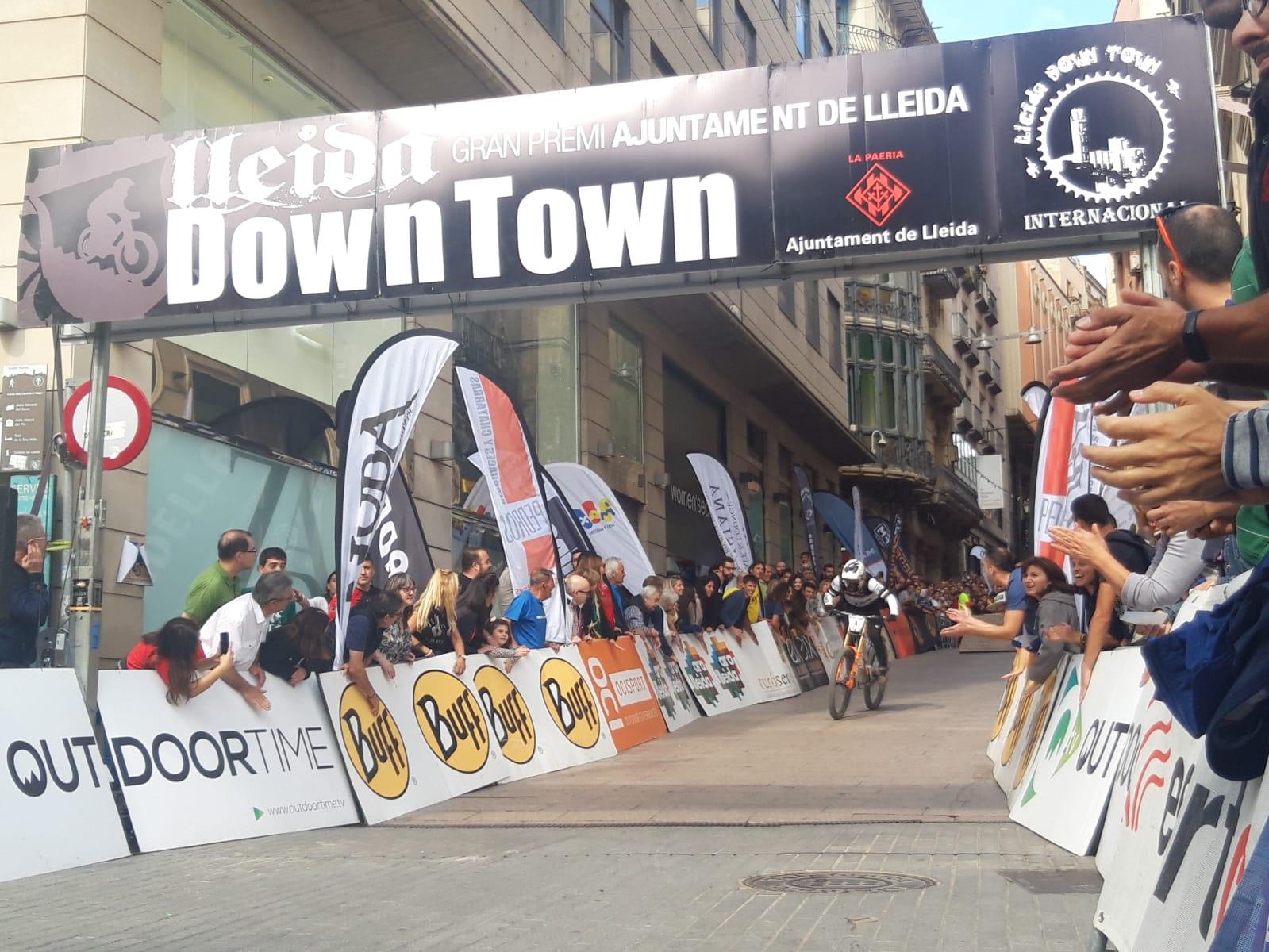 Jordi Simó y Viktoria Giménez grandes vencedores del XII Downtown Gran Premi Internacional Ciutat de Lleida - Memorial Xavi Bonet